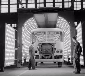 Közlekedés - Autóbuszgyártás - Ikarus