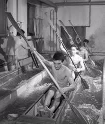 Sport - A kajak-kenu vb keret edzése