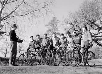 Sport - Országúti kerékpár - Felkészülés a békeversenyre