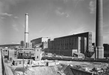 Építőipar - Erőmű - Épül az új ajkai erőmű