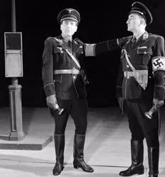 Kultúra - Színház - Bertolt Brecht: A rettegés birodalma
