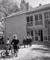 Oktatás - Új általános iskola Kakucson