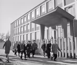 Oktatás - Szoboszlai úti általános iskola