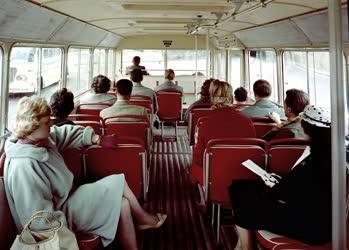 Közlekedés - Új IKARUS autóbuszok exportra