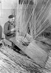 Ipar - Tésztakosár fűzfavesszőből