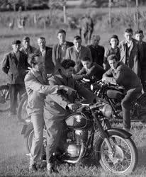 Oktatás - Motorvezető tanfolyam Mórahalmon