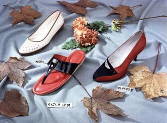Reklám - Cipő modellek