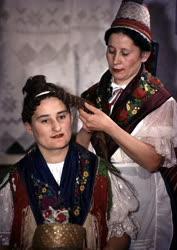 Folklór - Népviselet - Mátraderecskei palócok