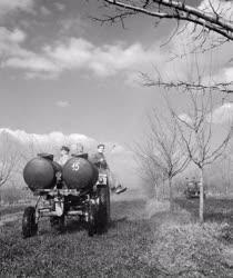 Mezőgazdaság - Balatonboglári ÁG - Permetezés