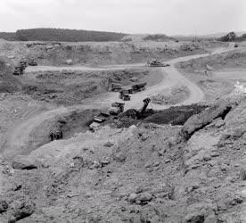 Ipar - Bányászat - Új bánya Iharkúton