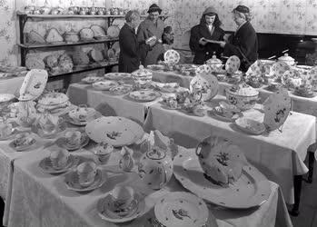 Kiskereskedelem - Porcelánbolt - Hungarikum