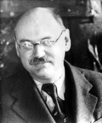 Bölcsészettudomány - Történelem - Szekfű Gyula történész
