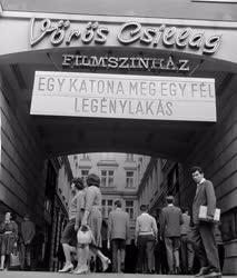 Szállodaipar - A Vörös Csillag Filmszínház a Royal szállóban