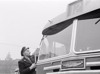 Tömegközlekedés - Autóbusz-közlekedés