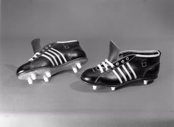 Kereskedelem - Artex - Sportcipők