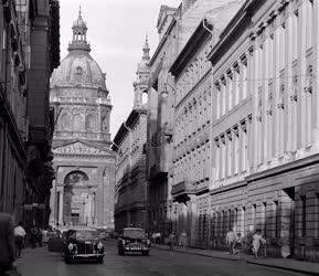 Budapesti képek - Zrínyi utca