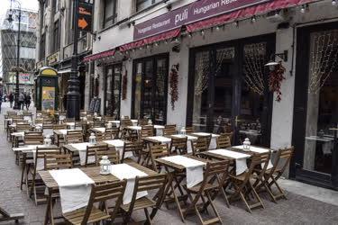 Városkép - Budapest - Puli étterem