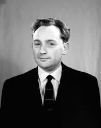 Ránki György Kossuth-díjas történész, akadémikus