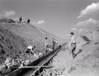 Ipar - Vízépítés - Szamossályi csatornaépítés
