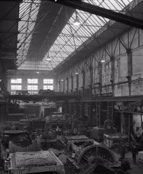 Ipar - Nehézipar - Öntödei csarnoképület felújítása