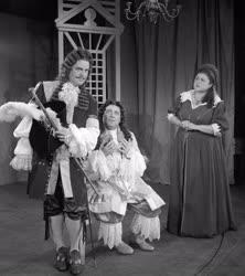 Kultúra - Színház - Moliere: Úrhatnám polgár