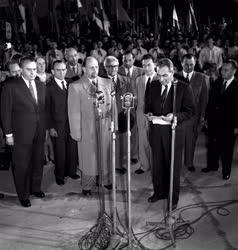 Külpolitika - Az NDK kormányküldöttsége Magyarországon