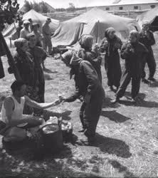 Mezőgazdasági munkák - Ebéd az Örménykúti Állami Gazdas