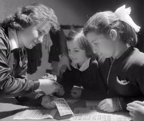 Oktatás - Takarékossági akció