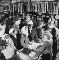 Kereskedelem - Karácsonyi vásár Gyöngyösön