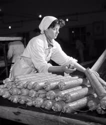 Ipar - Élelmiszeripar - Szegedi szalámi
