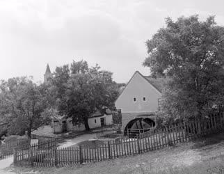 Kultúra - Ipartörténet - XIII. századi vízimalom épülete