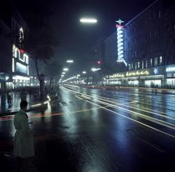 Városkép - Budapest - Esti Rákóczi út