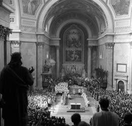 Jubileumi Szentmise Esztergomban