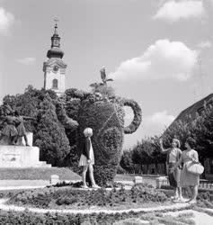 Városkép - Virágból készített váza Nagykanizsán