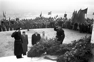 Ünnep - A NOSZF 33. évfordulója