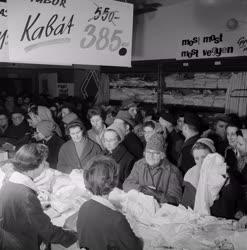 Kereskedelem - Téli vásár a Verseny Áruházban