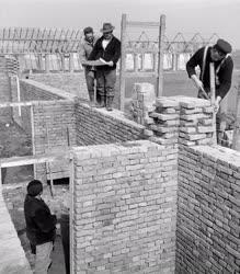 Ipar - Építkezés -  Építkezés Hajdúszoboszlón