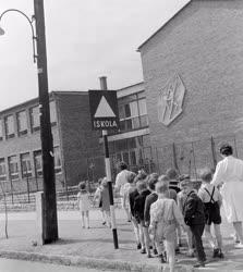 Oktatás - Végzős óvodások látogatása az iskolában
