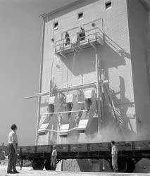 Ipar - Hegyaljai Ásványbánya és Őrlő Vállalat perkupai üzeme