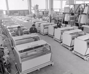 Ipar - Mélyhűtőpultok gyártása