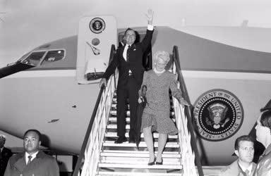Külkapcsolat - George Bush amerikai elnök látogatása Budapesten