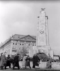 Ünnep - Magyarország felszabadulásának 13. évfordulója