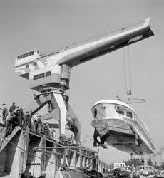 Hajógyártás - A Sirály II. szárnyashajó ellenőrzése