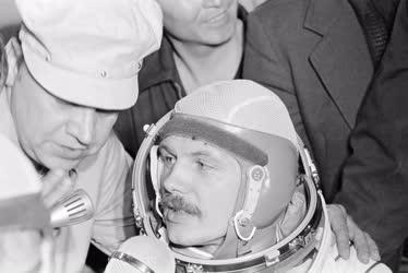 Tudomány - Szovjet-magyar űrrepülés