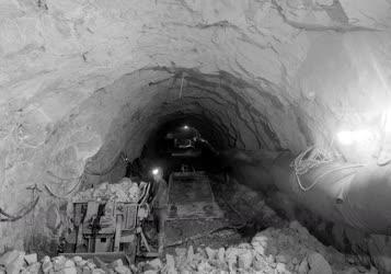Bányászat - A recski bánya bővítése