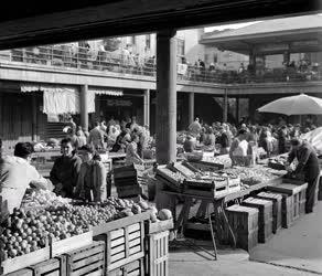 Városkép-életkép - Kereskedelem - Piac