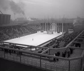 Sport - Sportlétesítmény - A Kisstadion megnyitója