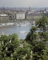 Városkép - A pesti Duna-part