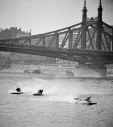 Sport - Nemzetközi Motorcsónak Verseny Budapesten