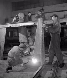 Ipar - ÉM Építőgép Karbantartó Üzem